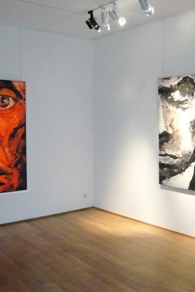 Monstre-toi, vue de l'exposition, Galerie polad Hardouin, Paris, 2010.